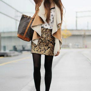 Gold and black skirt